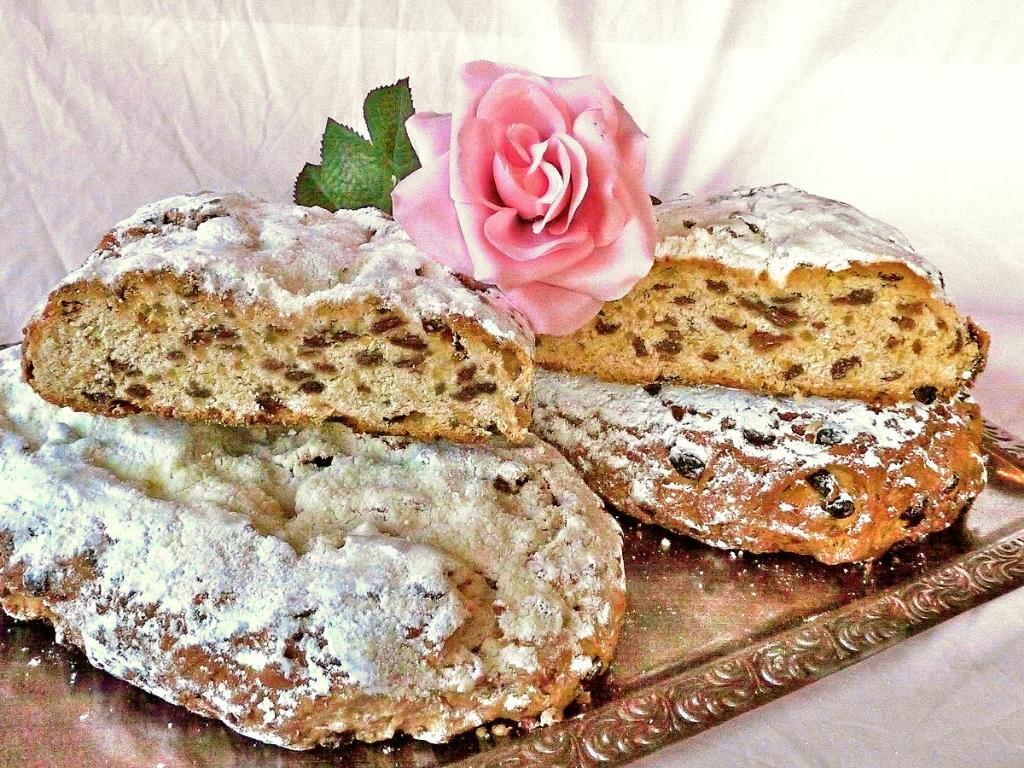 Weihnachtsstollen Bäckerei Rose Weimar Stollen