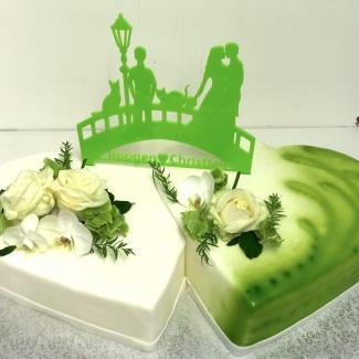 Hochzeitstorte doppelherz grün Bäckerei Rose Weimar